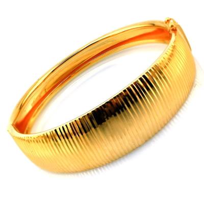 kuyumcunuznet - Lazerli Altın Bilezik Kelepçe (22 Ayar)